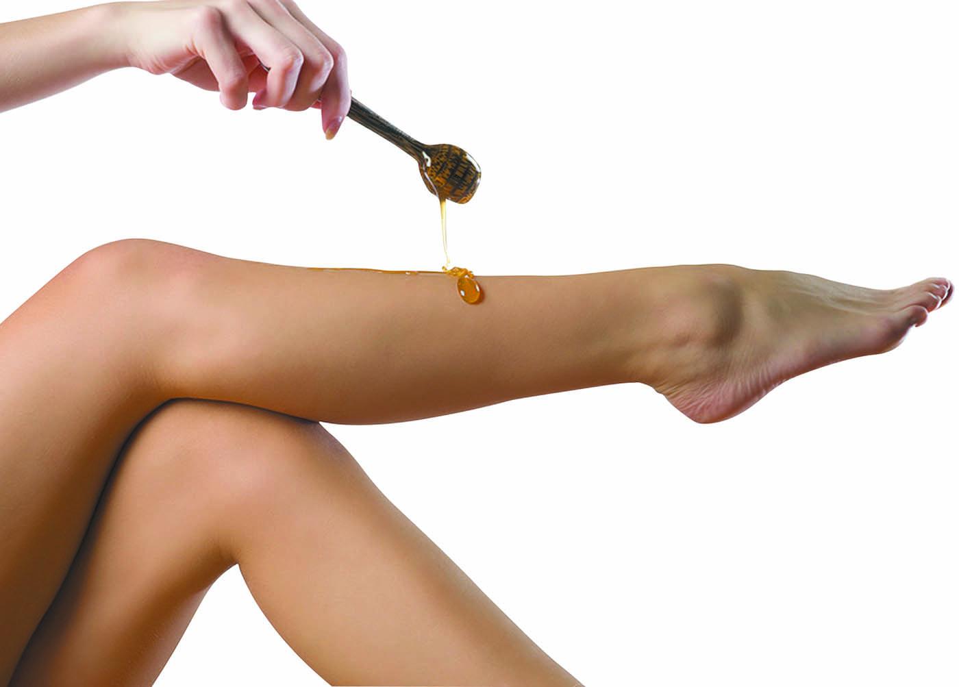 Чем лучше удалять волосы с ног подросткам